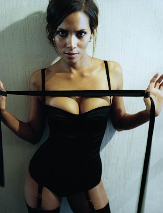 Halle Berry (16) (536x700, 50Kb)