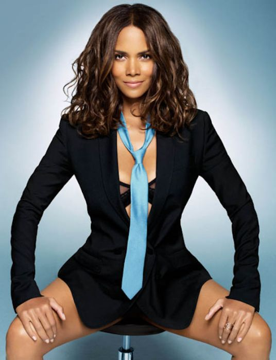 Halle Berry (25) (536x700, 60Kb)