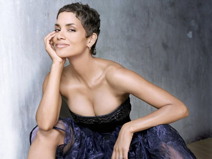 Halle Berry (43) (700x525, 46Kb)