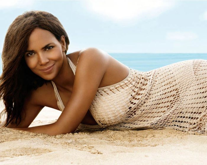 Halle Berry (46) (700x560, 96Kb)
