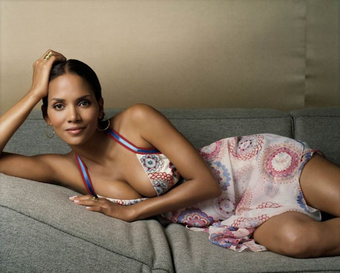 Halle Berry (47) (700x563, 70Kb)