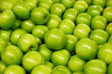 kak-pravilno-hranit-jabloki (425x282, 74Kb)