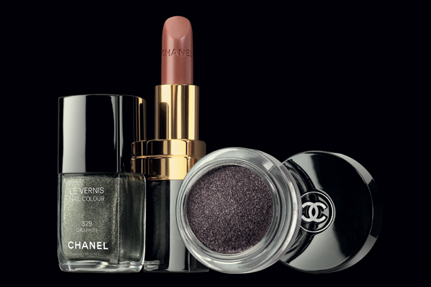 Chanel fall 2011 Illusion D'Ombre/3388503_Chanel_fall_2011_Illusion_DOmbre_14 (624x416, 96Kb)