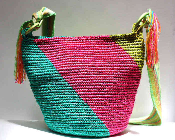Free Crochet Purse Patterns For Beginners : FREE CROCHET PATTERNS FOR PURSES Crochet For Beginners