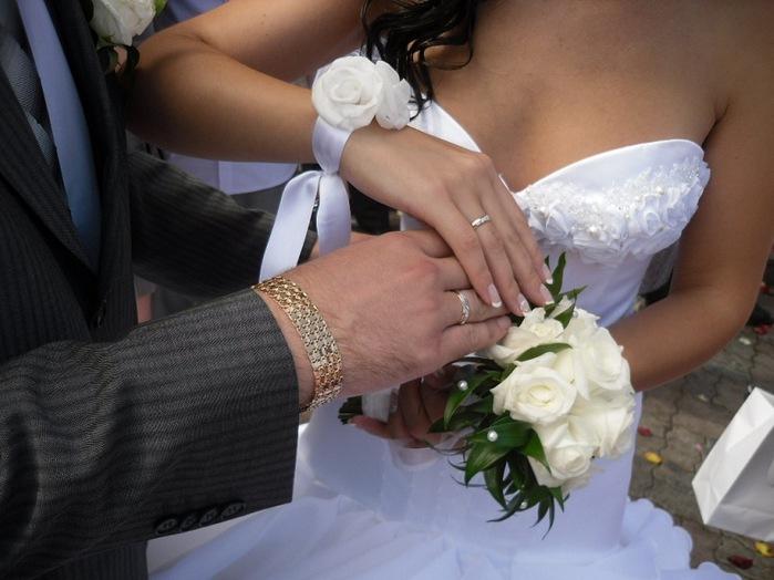 Украшение для невесты на свадьбу своими руками