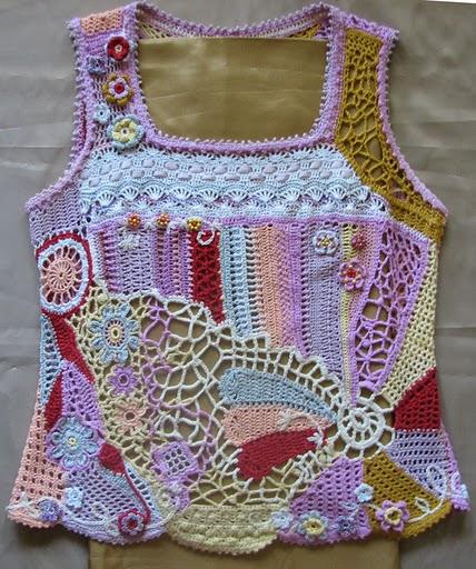 Вязание расположены также в разделах: схемы вязания детских платьев и вязание спицами для женщин с описанием 2012.