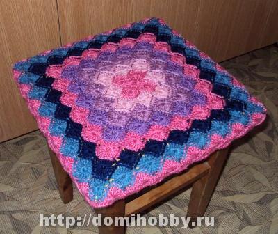 3831326_vyazaniicheholnatabyret (400x336, 72Kb)