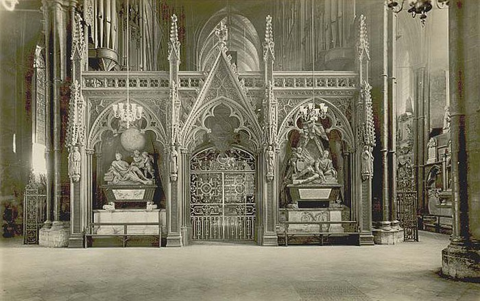 London, Westminster Abbey interior (700x440, 128Kb)