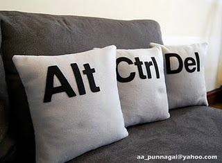Alt-Ctrl-Del Pillow (320x235, 17Kb)