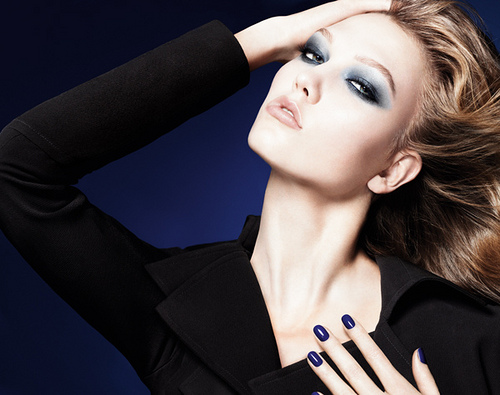 Dior Fall 2011 Collection: Blue Tie/3388503_Dior_Fall_2011_Collection_Blue_Tie_8 (500x395, 88Kb)