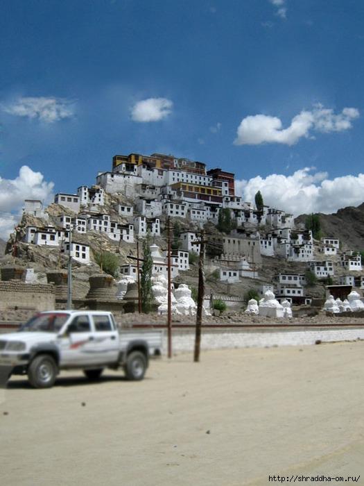 Индия, Ладакх, Лех, монастырь Thiksay, 2 (525x700, 220Kb)