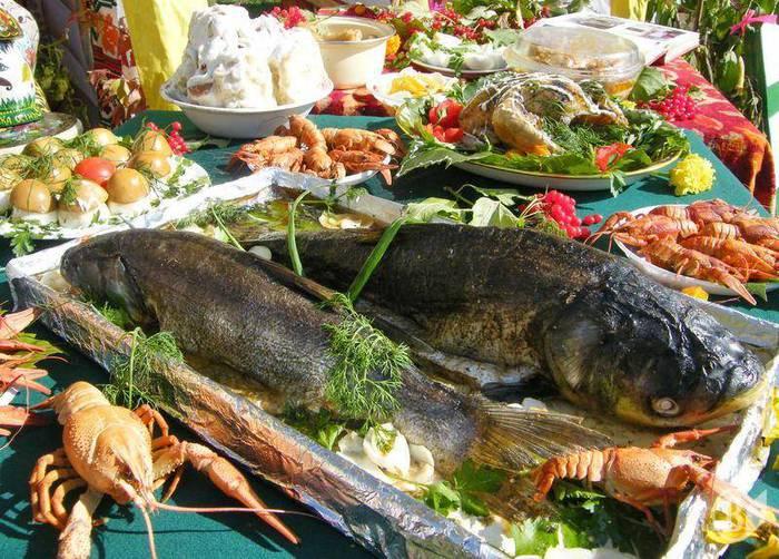 рыбная вечеринка/4453387_1285587653_100927fish05 (700x502, 95Kb)