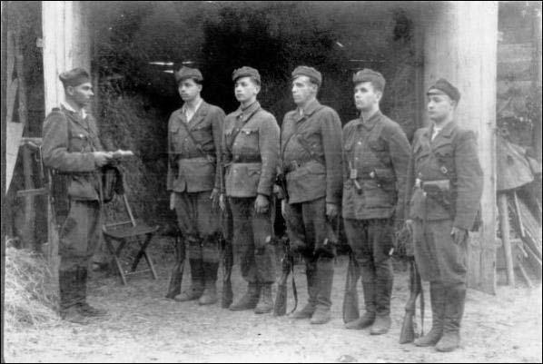 Воины УПА copy (598x401, 51Kb)