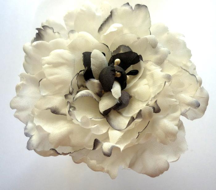кожаные  розы, белый пион 015 (700x615, 208Kb)