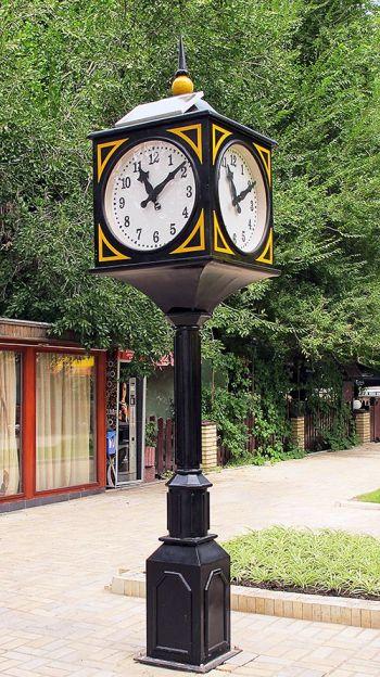 Донецк часы (350x624, 78Kb)
