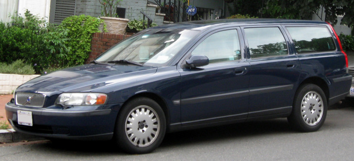 2nd_Volvo_V70 (700x318, 85Kb)