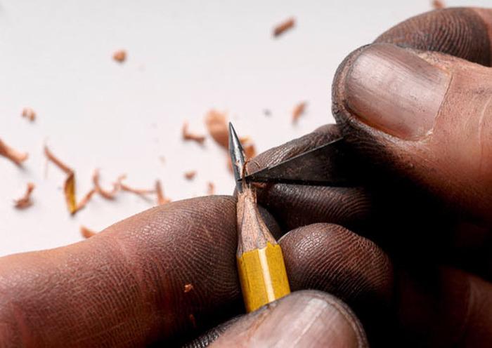 Интересное творчество, фигуры из карандашей, миниатюрные фигуры, Далтон Гетти