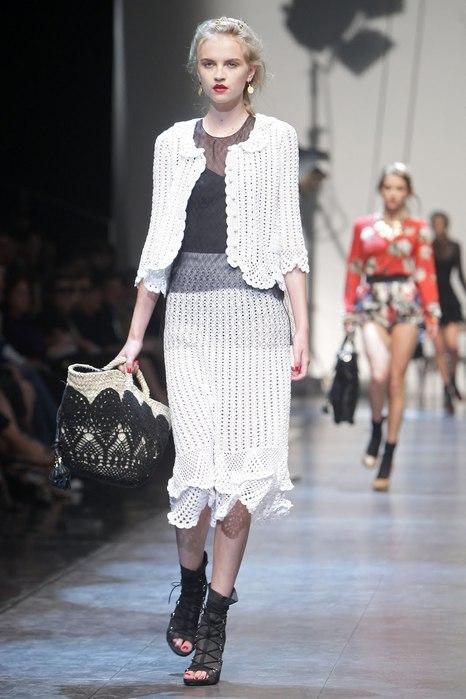 Milan_Fashion_Week_Spring_2010_Dolce_and_Gabbana_04 (466x700, 63Kb)