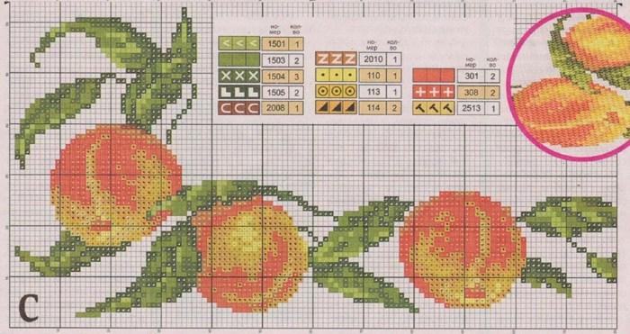 вышитые персики2 (700x371