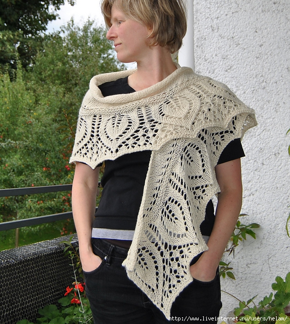 Шаль-фишю с листиками-листочками из Junghans-Wolle.  Вязание спицами.