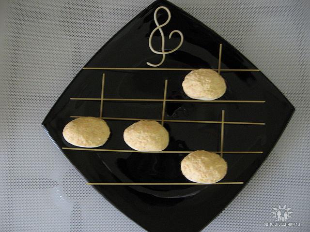 яйца фаршированные креветками (640x480, 58Kb)