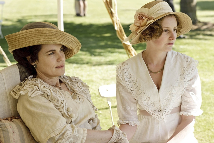 kinogallery-Downton-Abbey-121 (700x466, 217Kb)