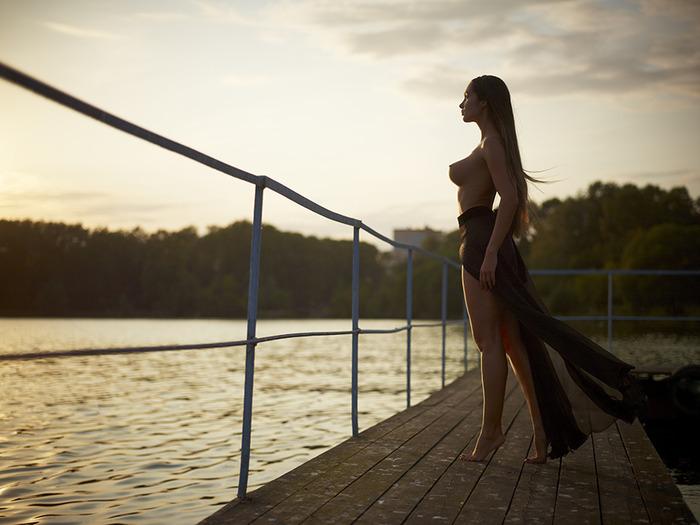 девушка_ Андрей Старченко -фото (700x525, 94Kb)