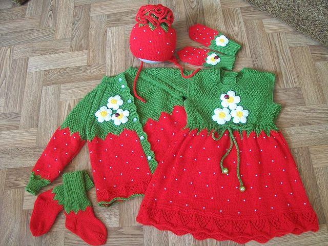 Детский жакет с клубничками,  Вязание для детей