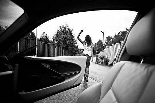 девушка с факью фото на аву