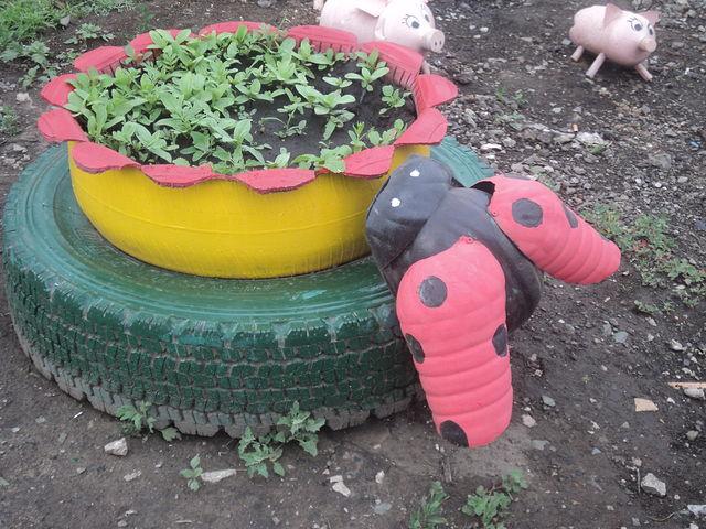 Цветы на детскую площадку своими руками 99