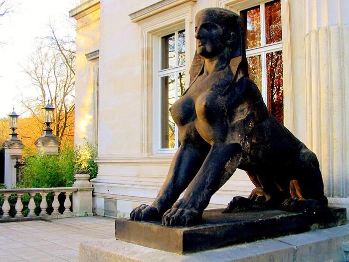 Виллa Хюгель (Виллa на холме) - родовое имение знаменитых Круппов. 59594