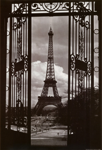 alexandre-gustave-eiffel-eiffel-tower-through-gates (331x488, 53Kb)