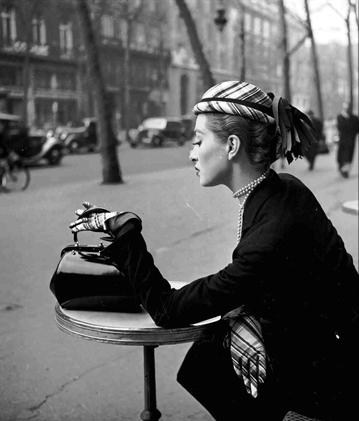 Dambier-Capucine-Cafe-de-la-Paix (359x421, 92Kb)