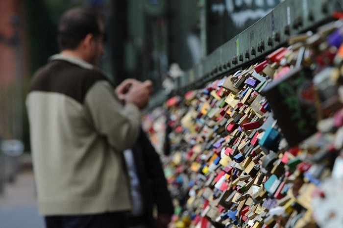 love-locks-10 (700x465, 72Kb)
