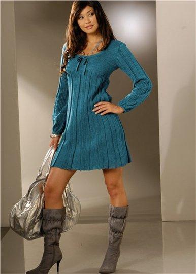 Любое вязаное теплое платье - эксклюзивно и неповторимо. платья вязанные...