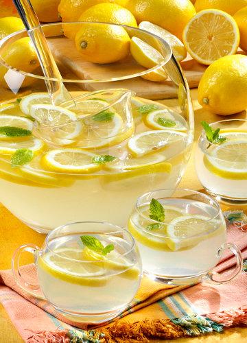 9 полезных блюд на основе соков