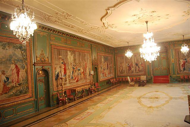 Виллa Хюгель (Виллa на холме) - родовое имение знаменитых Круппов. 26150