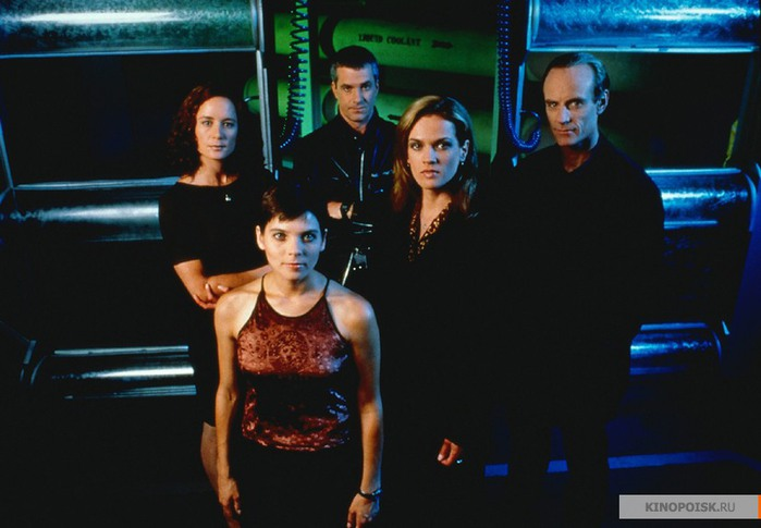kinopoisk.ru-PSI-Factor_3A-Chronicles-of-the-Paranormal-643115 (700x485, 63Kb)