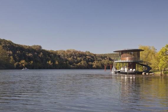 дом на озере 2 (570x380, 159Kb)
