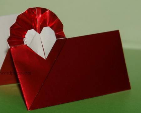 сердце оригами из бумаги,как сделать сердце оригами,оригами сердечко из бумаги,бумажные сердечки,идеи ко дню святого валентина/4395419_origami_heart18 (450x362, 47Kb)