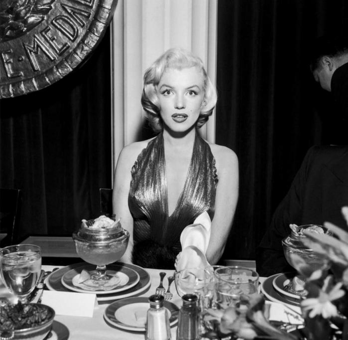 2415266_Annex__Monroe__Marilyn__Gentlemen_Prefer_Blondes__30 (700x682, 224Kb)