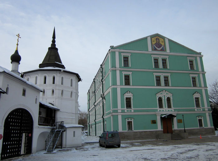 08 Данилов монастырь (700x517, 98Kb)
