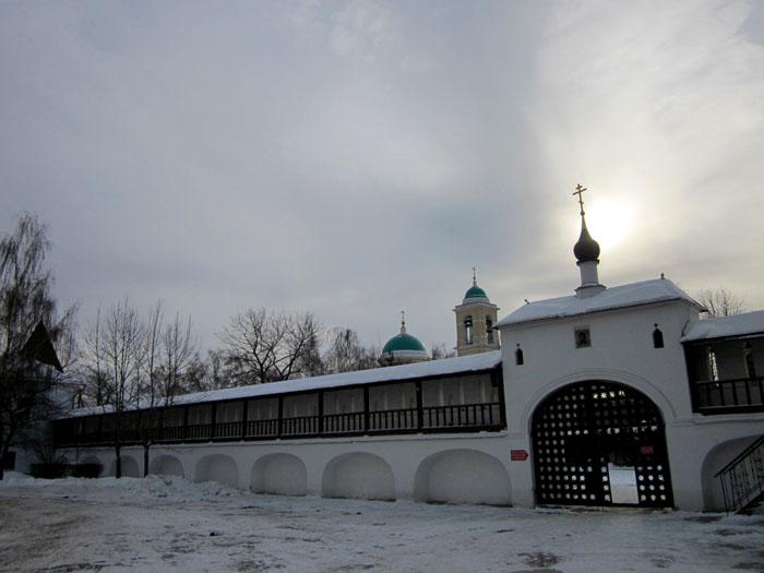 10 Данилов монастырь (700x525, 82Kb)