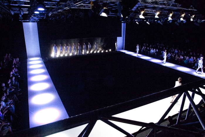 Mercedes-Benz Fashion Week Russia (2) (700x466, 269Kb)