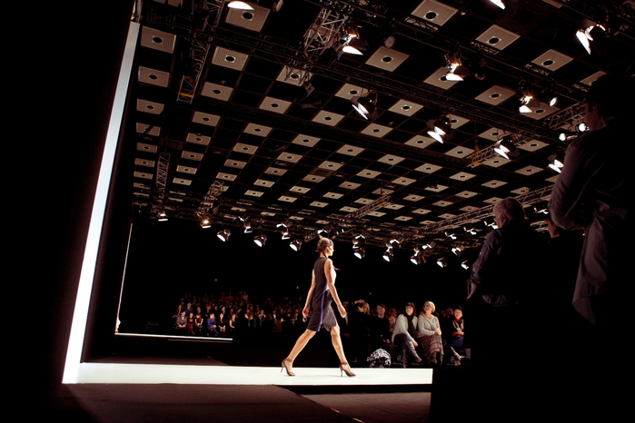 Mercedes-Benz Fashion Week Russia (3) (700x466, 203Kb)