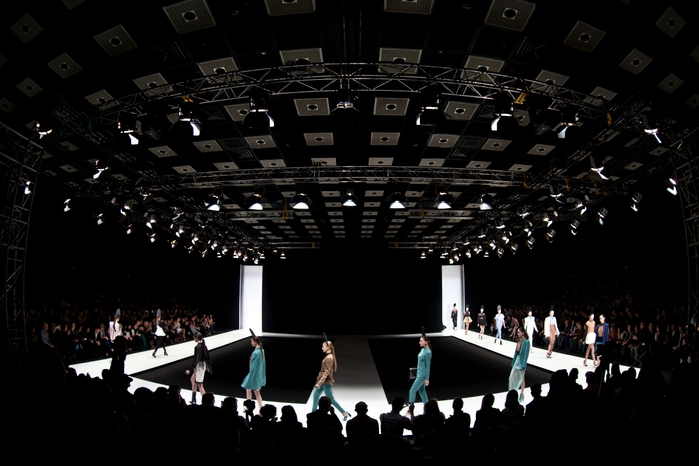 Mercedes-Benz Fashion Week Russia (9) (700x466, 191Kb)