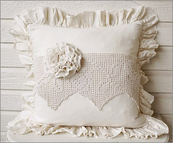 pillow1812copy (604x501, 111Kb)
