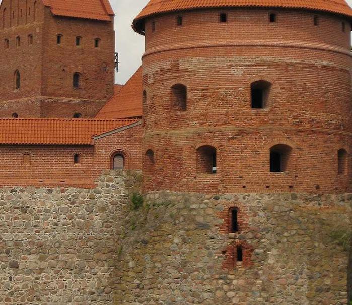 Тракайский замок недалеко от Вильнюса 48869