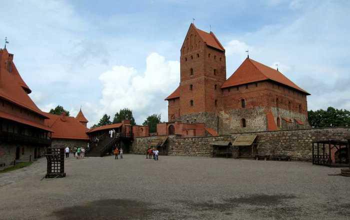 Тракайский замок недалеко от Вильнюса 80460
