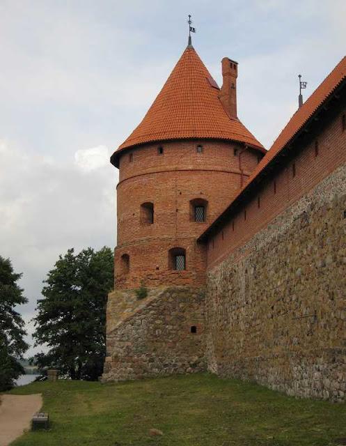 Тракайский замок недалеко от Вильнюса 30456